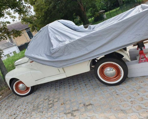 Oldtimer autó laprugó felújítása, repedt laprugók helyett új laprugó gyártása